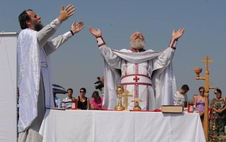 Pravoslavná liturgie v dobových kostýmech