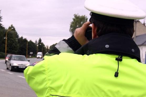 Řidič náklaďáku měl v tachografu kartu se jménem jiného šoféra. Hrozí mu dva roky vězení a zákaz činnosti!