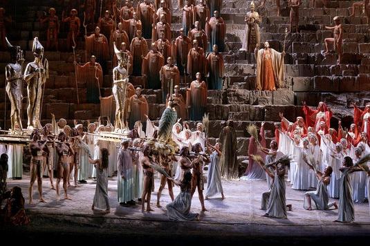 Aida s operní superstar Violetou Urmana
