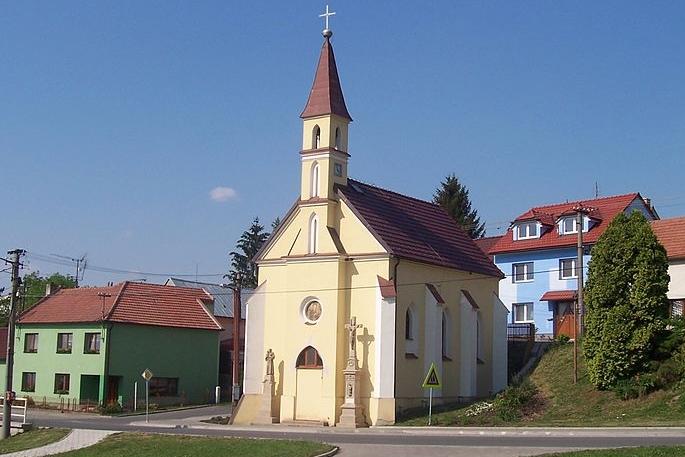 Kaple získá nové zvonění i hodiny