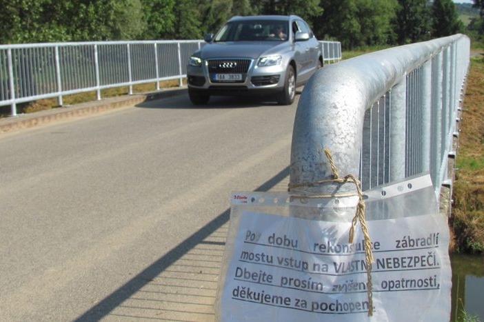 Křivý most se narovnal, je o deset centimetrů vyšší