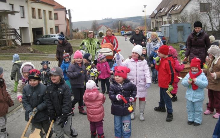 Podolské děti zvěstovaly Velikonoce
