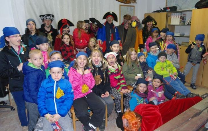Děti se nalodily na Černou perlu