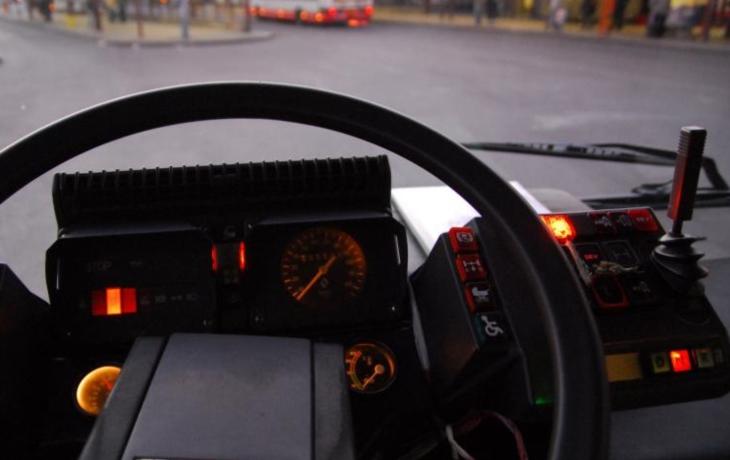 Napětí v ČSAD. Vedení řidičům sáhlo na příplatky a bonusy