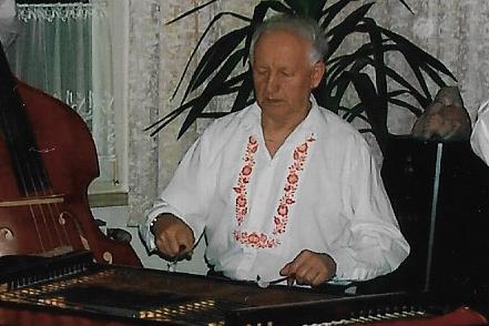 Utichl cimbál Miloslava Maňáska...