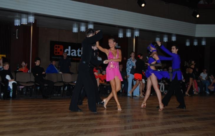 Vánoční show ve stylu Stardance