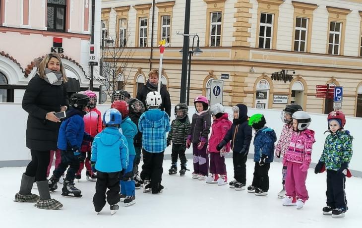 Zimní olympiádu děti v MŠ Klíček prožívaly sportem!
