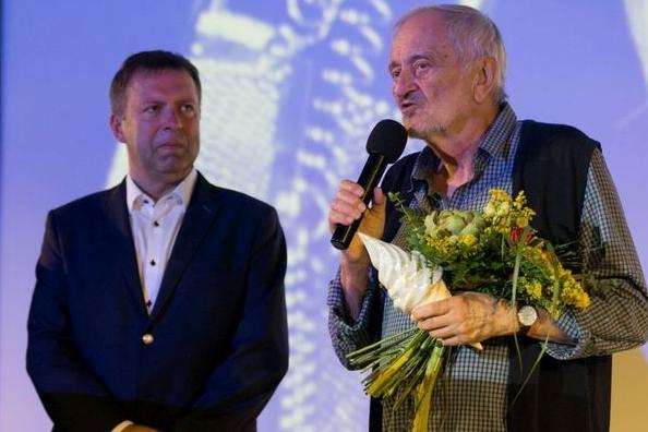 Milan Lasica dojatě a s noblesou převzal Výroční cenu AČFK