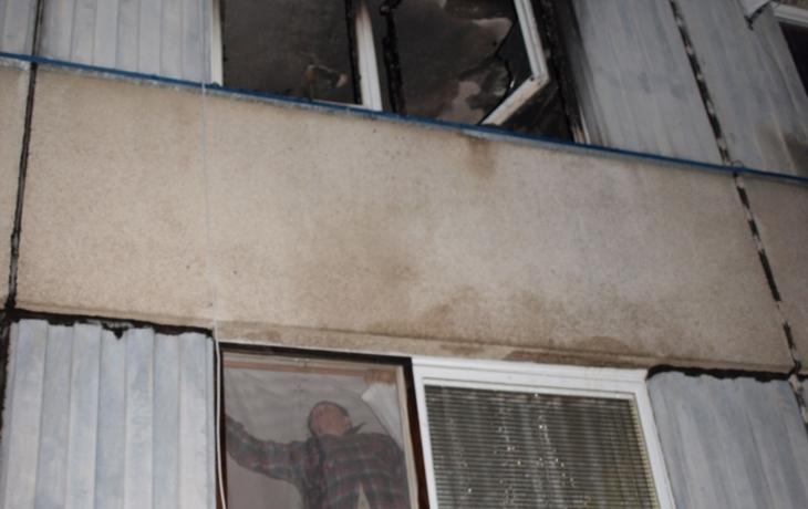 Dva lidé zemřeli při požáru