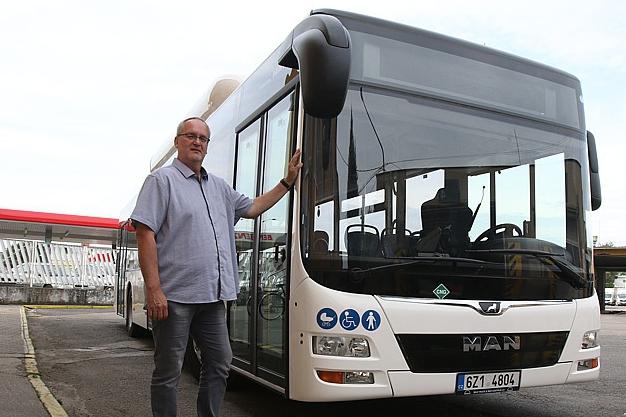Na Východ jezdí nové, klimatizované autobusy na plyn