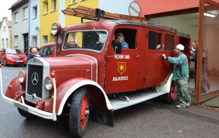 Mercedes z roku 1939 je zpět