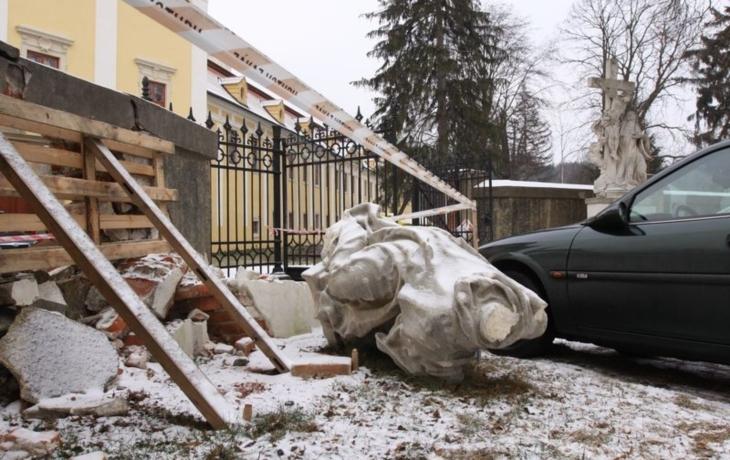 Skandál! Zlínský kraj zavrhl sochu sv. Bernarda