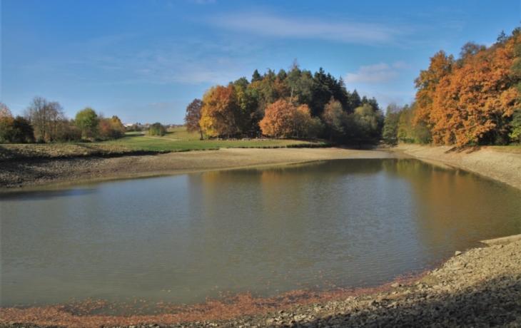 Ořechovský rybník prokoukne