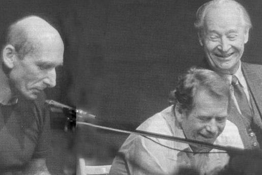 O hudbě roku 1989 na Antidiskotéce Jiřího Černého
