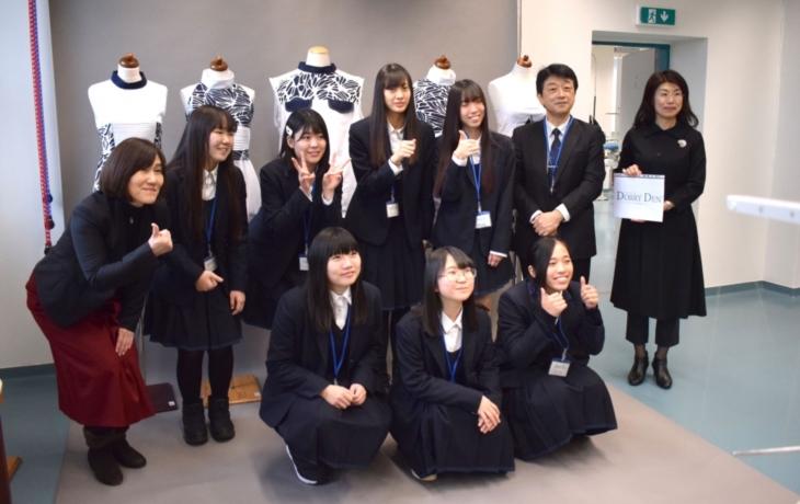 Japonští studenti barvili se studenty ve Strážnici