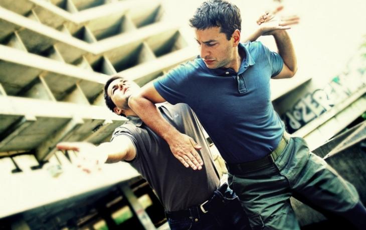 Strážníci naučí sebeobraně. Zdarma