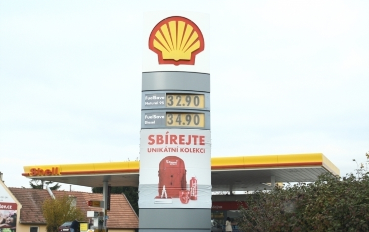 Cenová válka! Natural za 32,90 táhne benzinky ke dnu