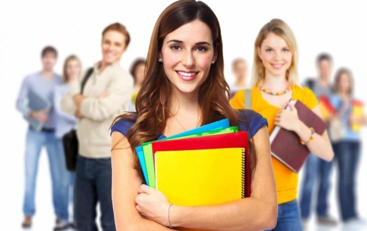 O volná místa na brodské radnici často není zájem. Pomohou studenti?