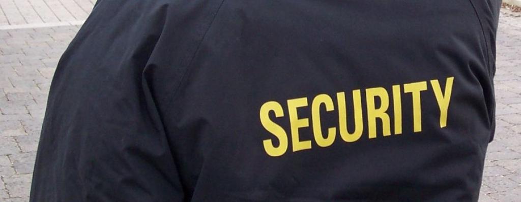 Hluk řeší bezpečnost v ulicích najímáním agentury