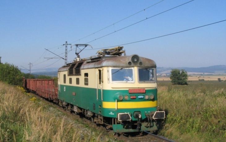 Spěšné vlaky už Vlárou neprojedou