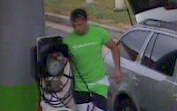 Fantom řádí dál, obral čtyři benzinky za osm dní