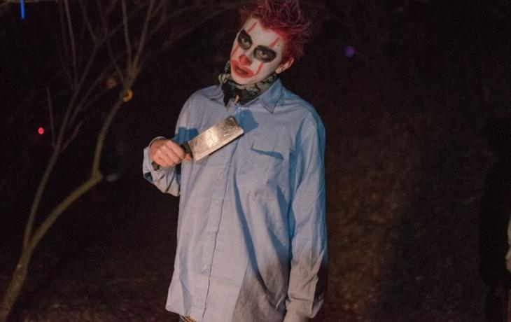 Jalubí přepadli děsiví klauni