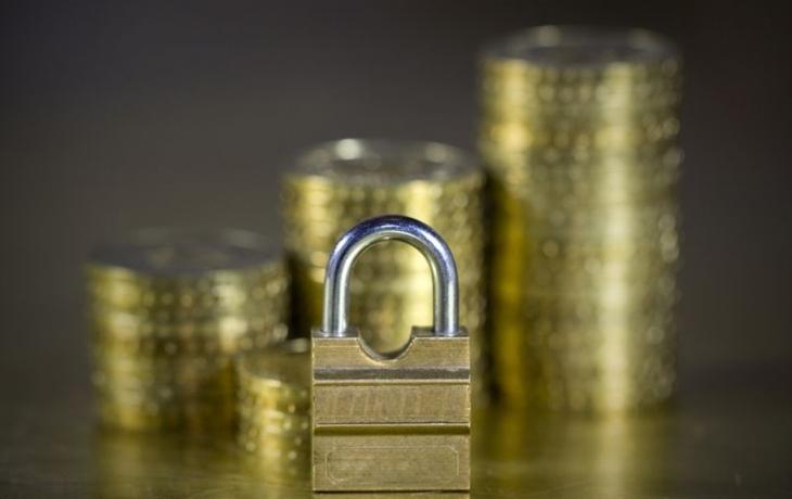 Rating obhájili, rezervy kryjí polovinu dluhu