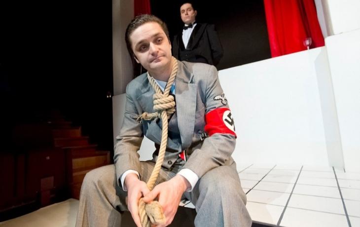 Byl fašista Adolf Eichmann zrůda, nebo poslušný úředníček?