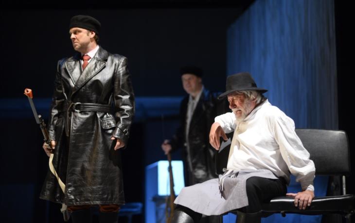 Do Slováckého divadla přijede ministr kultury