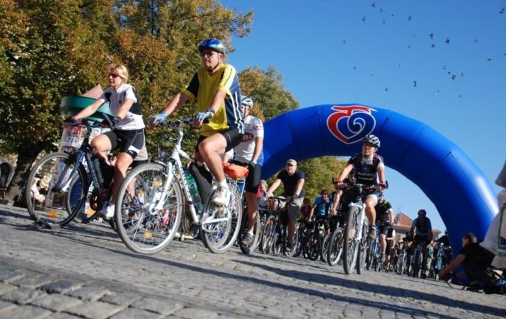 Cyklisté uzamknou vinařské stezky