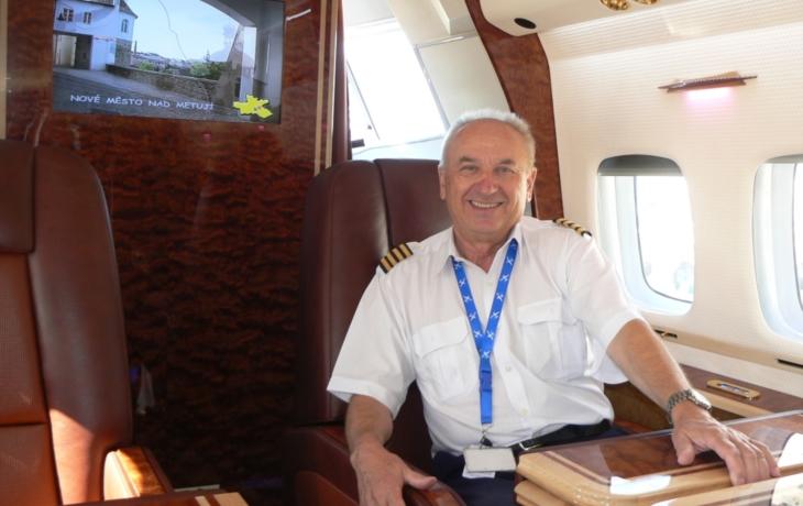 Pilot Sklenář měl na dosah státní vyznamenání