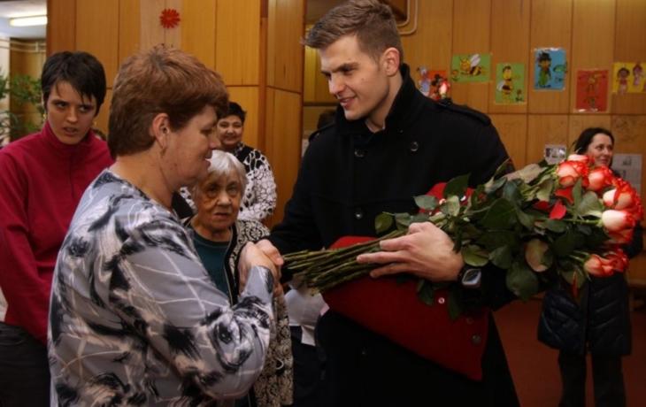 Za růže dostal srdce