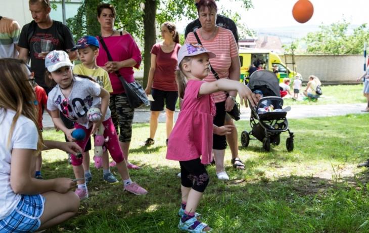 Pohádkový les přilákal davy dětí