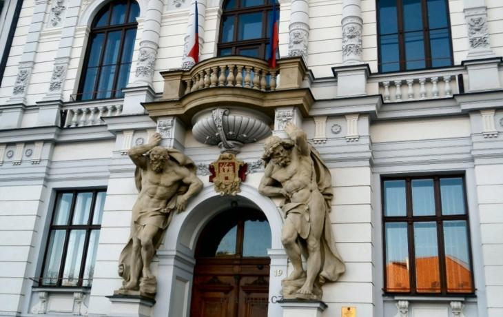 Radnice se stará o 13 nesvéprávných