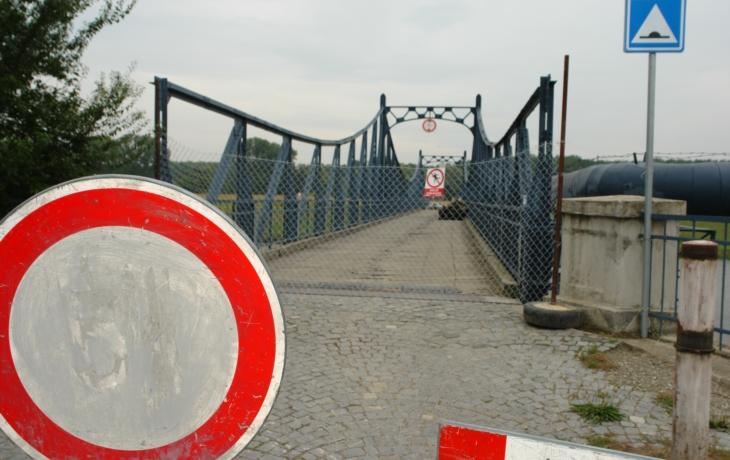 Most neprodyšně uzavřel plot!