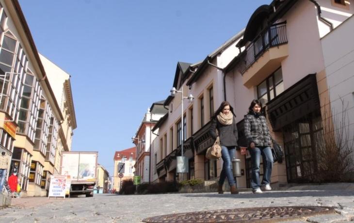 Ze Široké ulice v centru Brodu bude Naardenská