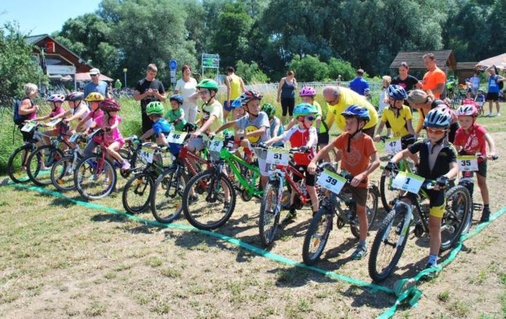 Mladí cyklisté závodili