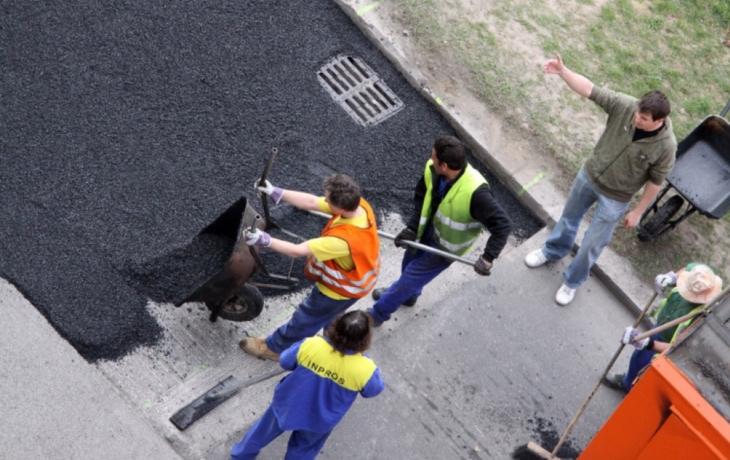 Místo panelů chtějí asfaltku. Uspějí?