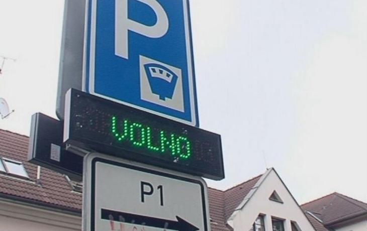 Uherský Brod zlevňuje parkování v ulicích města