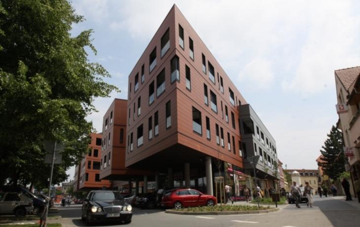 Rezidence Hradební: obchody, banka, ordinace i byty
