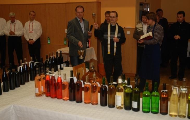 Žehnání mladému vínu