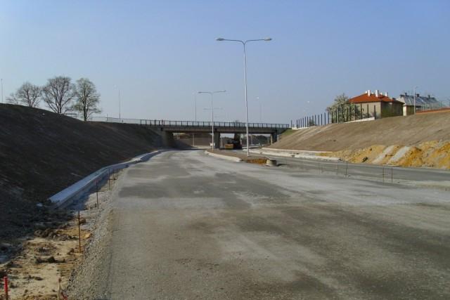 Obchvat Těšova a Újezdce sníží denní zátěž o 3 250 aut