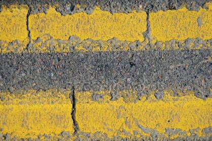 Restaurace táhne. Umravní klienty žlutá čára?