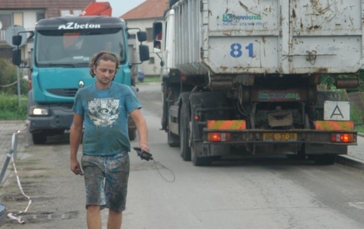 Kvůli kamionům praskají v Kněžpoli domy