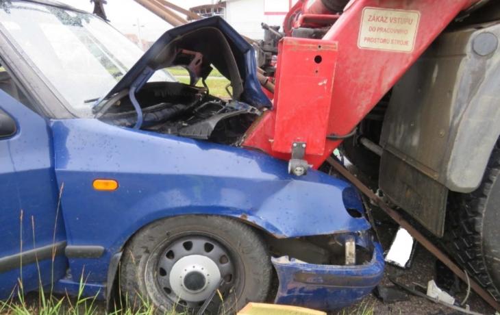 Dvě ranní nehody kvůli nepozornosti řidičů. Čtyři zranění