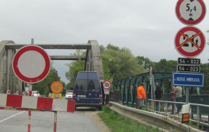 Řidiči si oddechli, most je zase volný