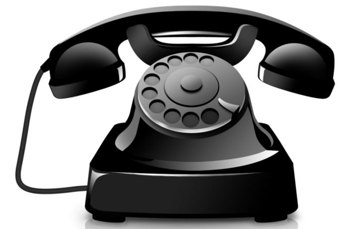 Telefonista využívá seniory, už vylákal přes 200 tisíc