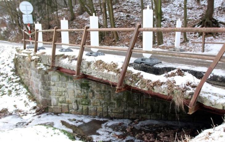 Havarijní most zabezpečí, ale jen provizorně