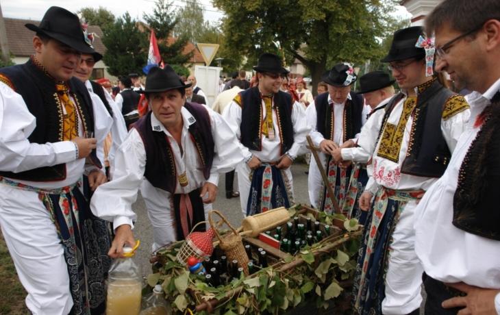 Víno a památky opěvovalo na 60 tisíc lidí
