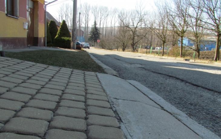 Dolní Němčí chystá opravy silnic i chodníků